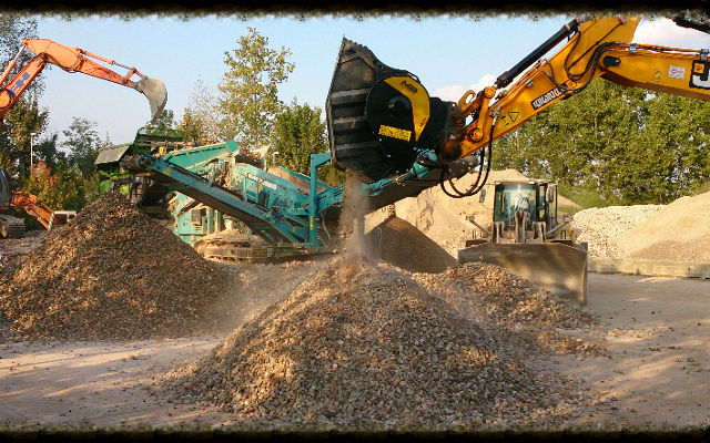 News - Stationary crusher and crusher bucket working together? We say yes